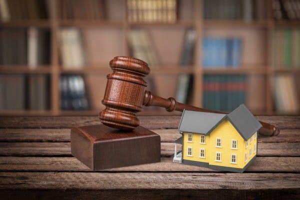Acheter aux enchères immobilières