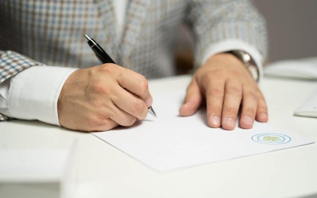 Comparatif d'assurances vie : que faut-il regarder avant de souscrire un contrat ?