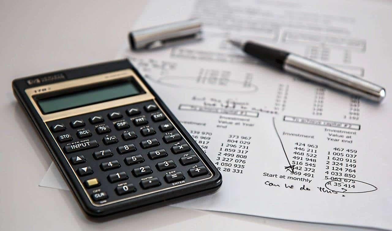 calculer sa TVA ; faire appel à un expert-comptable