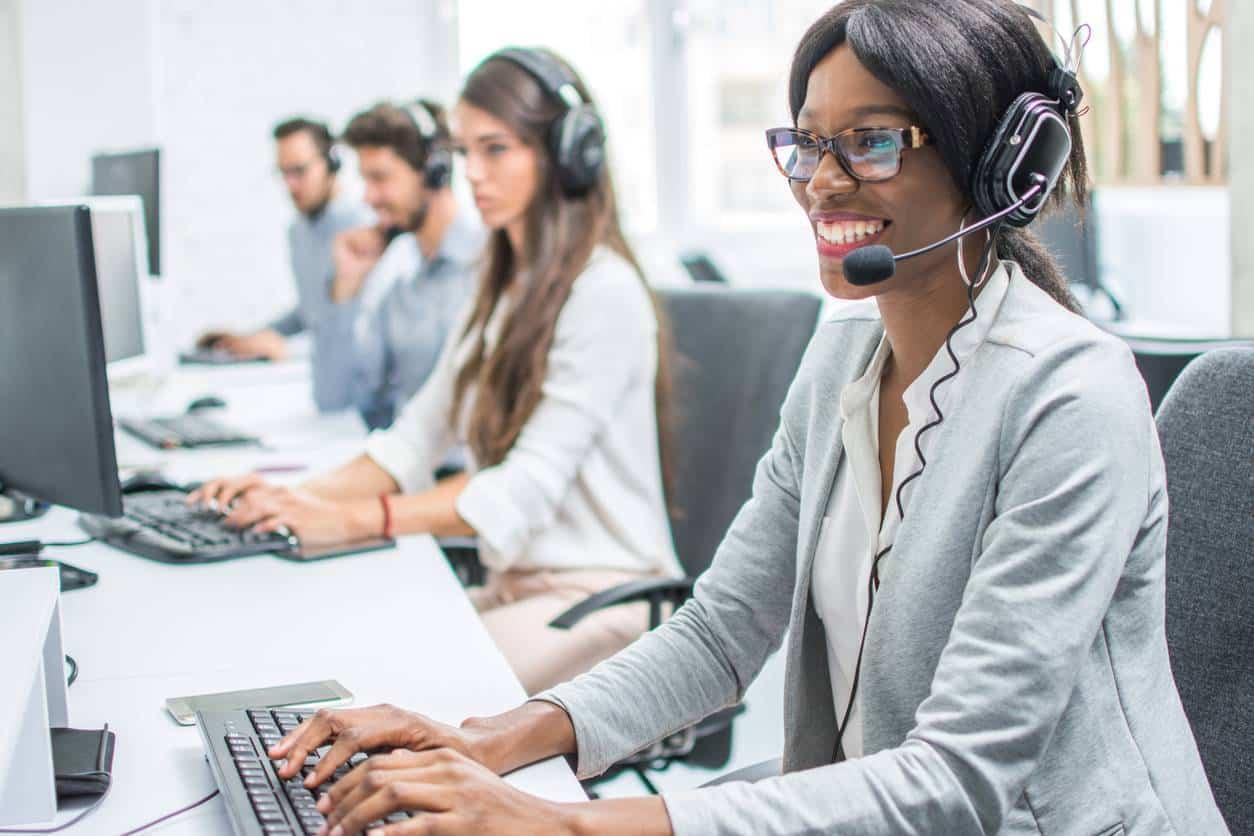 standard téléphonique relation client